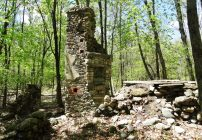 cottage ruins