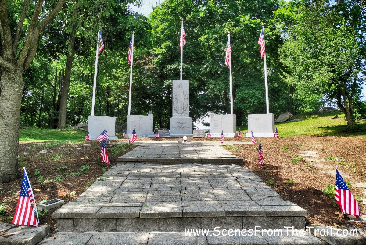 fallen firefighters & police officers memorial
