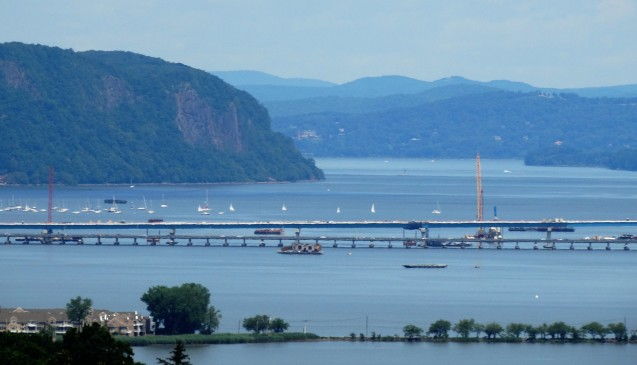View North of Hook Mountain and Rockland side of Tappan Zee Bridge from State Line Lookout.