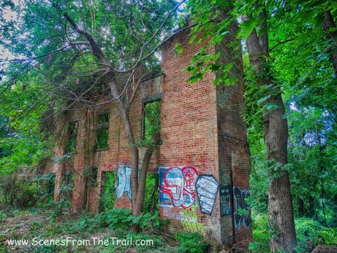 Arden Point ruins