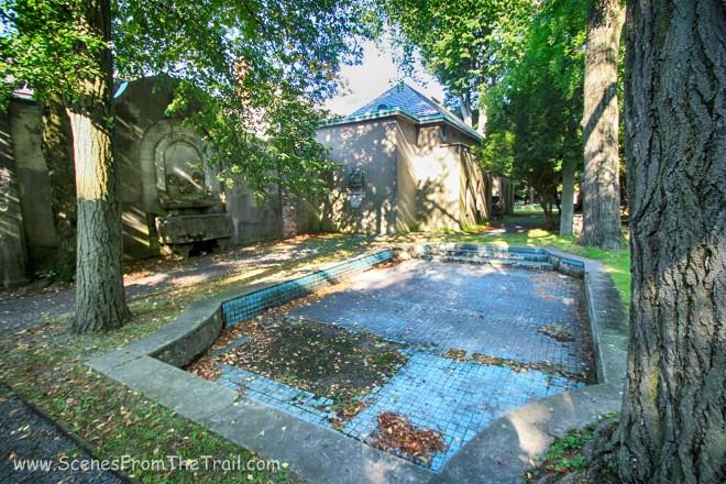 tiled mosaic pool