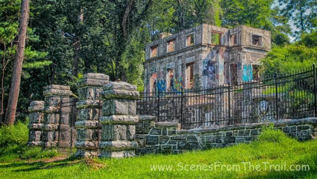 gatehouse ruins