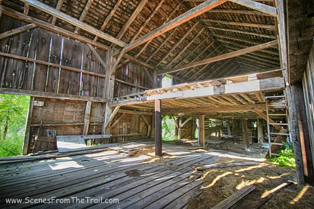 L shaped barn