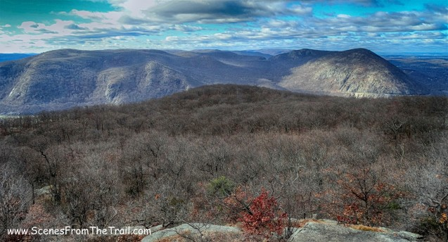 Crow's Nest Mountain to the left and Storm King Mountain to the right