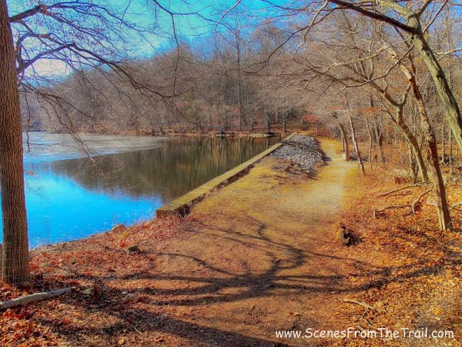 Teatown Lake dam