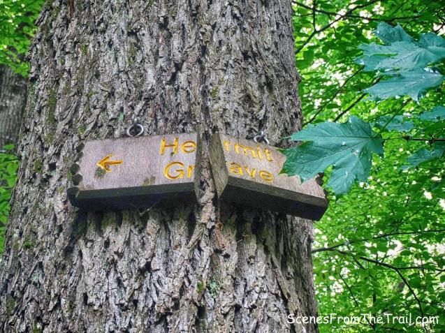 Hermit's Grave sign