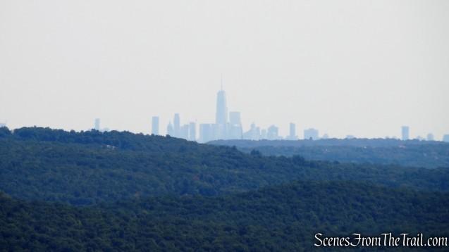 Manhattan skyline from Manaticut Point Trail