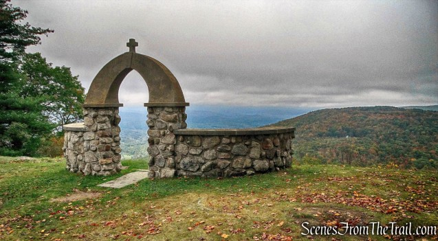 stone archway - Stone Church