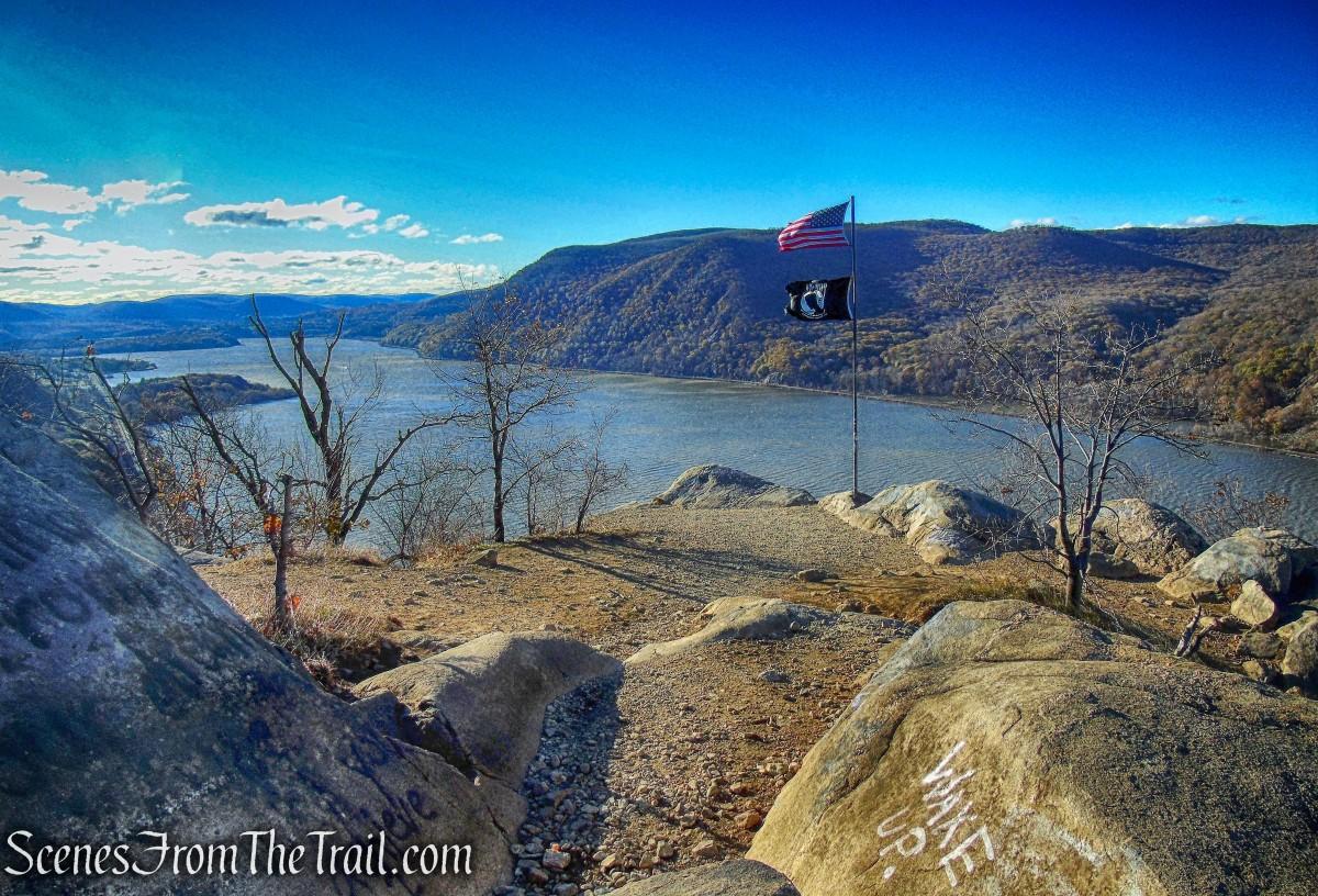 Stone Ridge Ny Elevation : Breakneck ridge and sugarloaf mountain loop