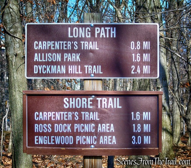 trail sign - Fort Lee Historic Park