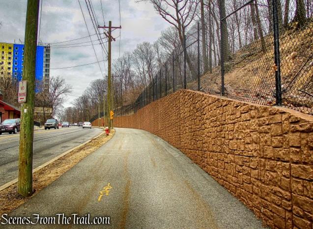 Hudson Terrace - Shore Trail