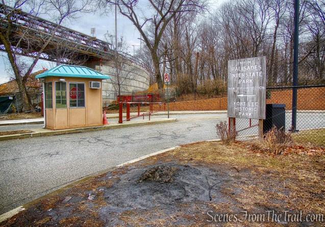 Fort Lee Historic Park - Shore Trail