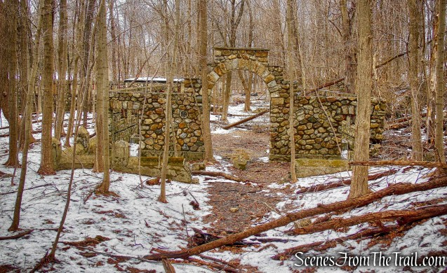 Dairy building - Mohegan Farm ruins