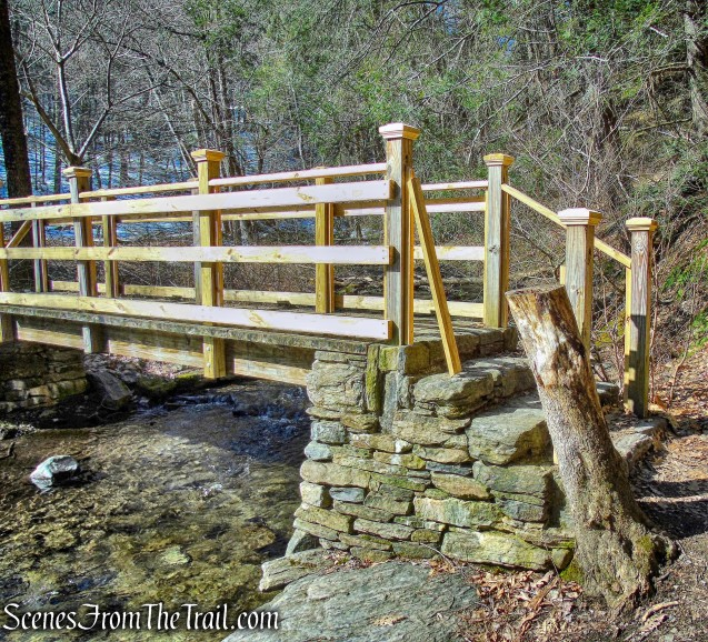 wooden footbridge - Dover Stone Church