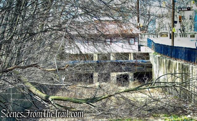 gatehouse - Raceway Park
