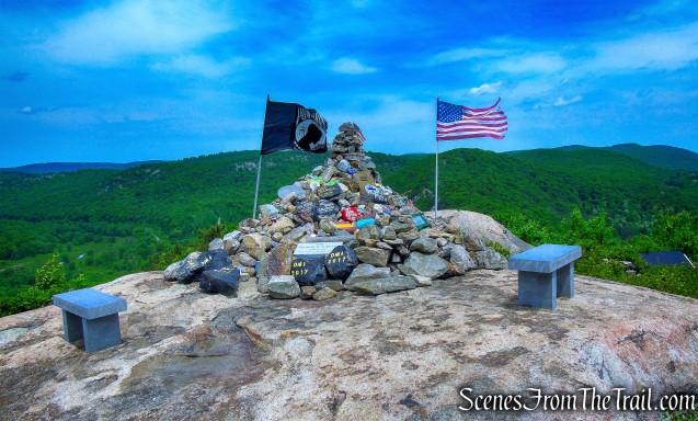 Fallen Soldiers Memorial - The Torne