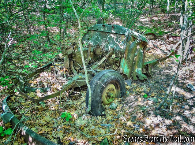 abandoned vehicle - Purple History Loop