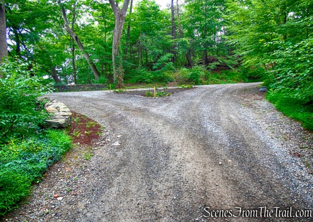 turn left - Mystery Point Road