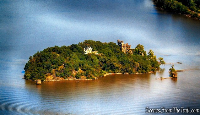 Pollopel Island, with the ruins of Bannerman's Castle.
