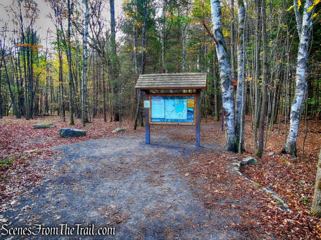 kiosk - Laurel House Trailhead