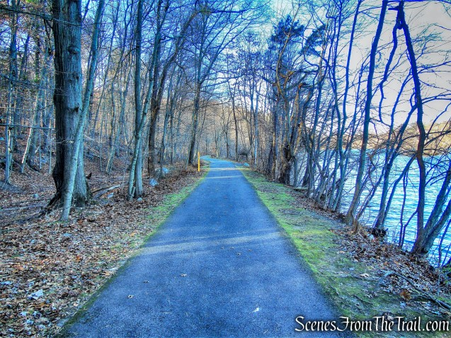 Tarrytown Lakes Extension Trail