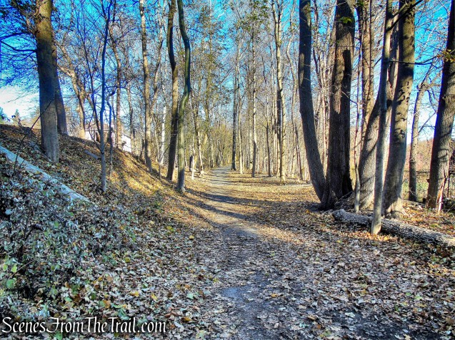 Tarrytown Lakes Trail