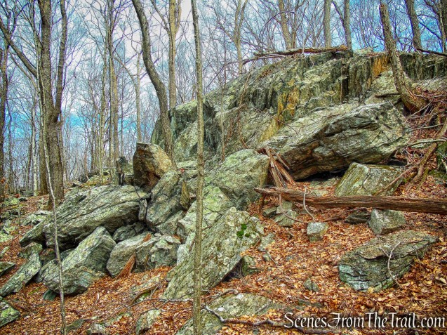rock formation - Blue Trail - Mountain Lakes Park