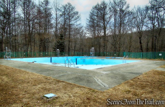 swimming pool - Mountain Lakes Park