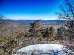 east-facing viewpoint - Doris Duke Trail