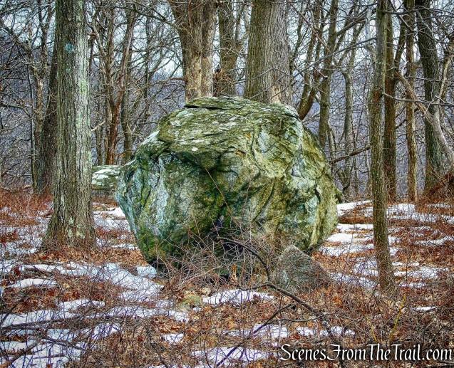 boulder - Camp Smith Trail