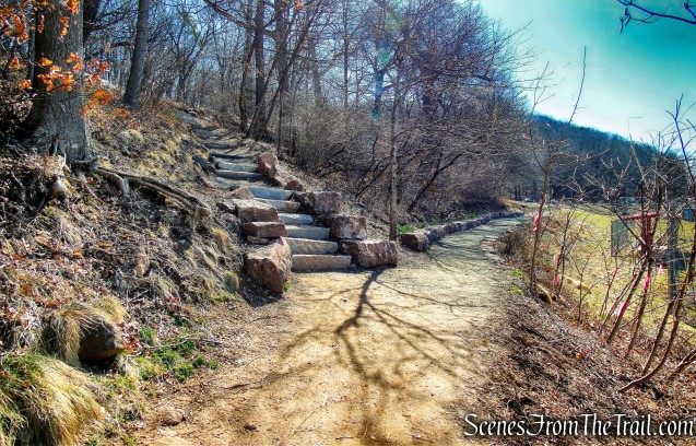 White Trail turns left and climbs stone steps