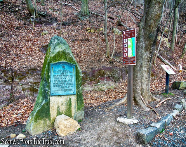 Old Alpine Trail plaque - Shore Trail
