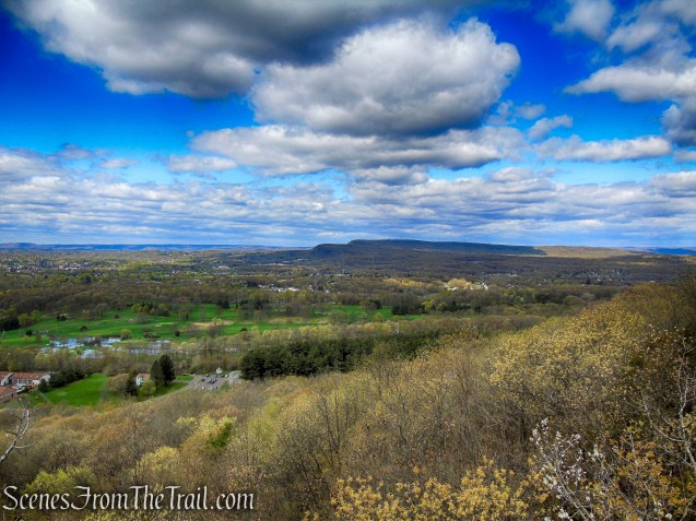 view west from Mattabesett Trail - Chauncey Peak