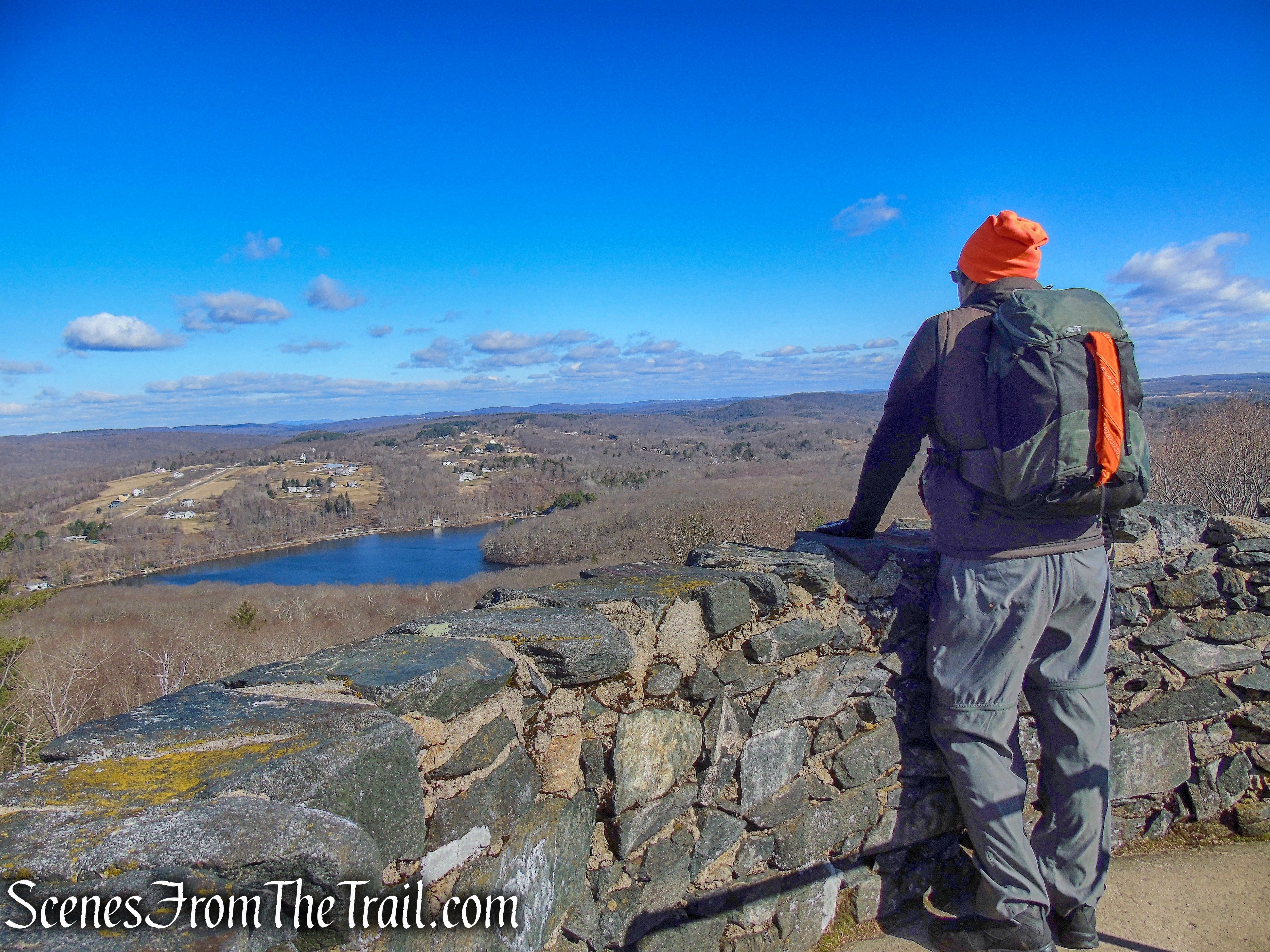 Tower Trail Loop - Mount Tom State Park
