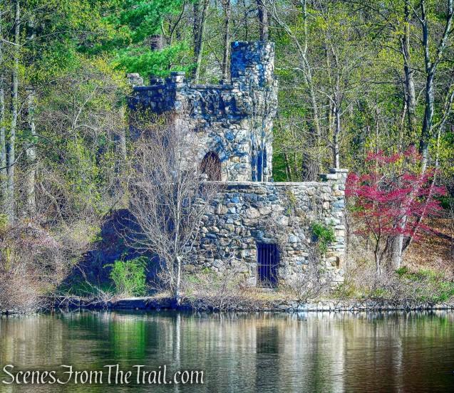 Beltzhoover Teahouse - Halsey Pond Park