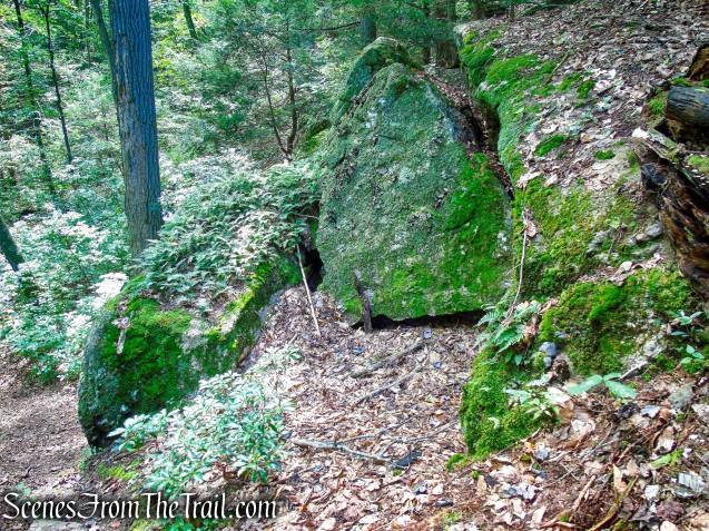 Mica Ledges Trail - Mica Ledges Preserve