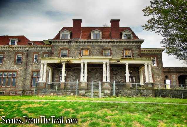 Lenoir Mansion - Green Trail