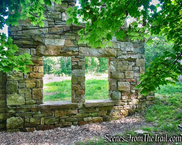 Black Mansion ruins - Leon Levy Preserve