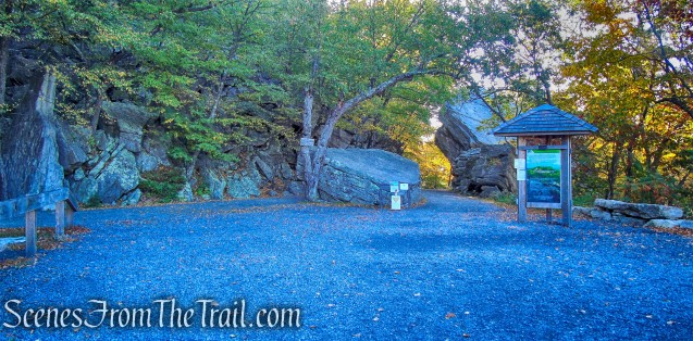 Overcliff and Undercliff Roads junction - Mohonk Preserve