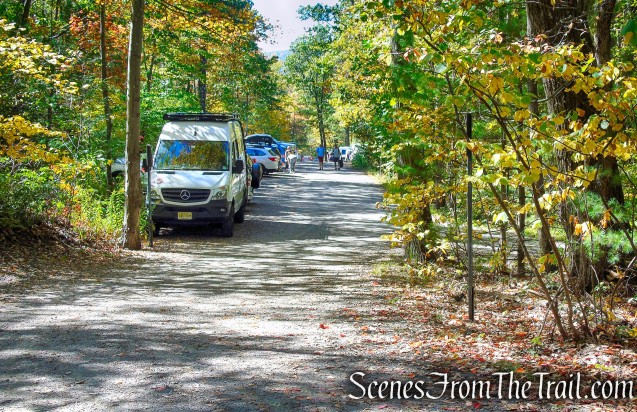 West Trapps Trailhead Parking Area - Mohonk Preserve