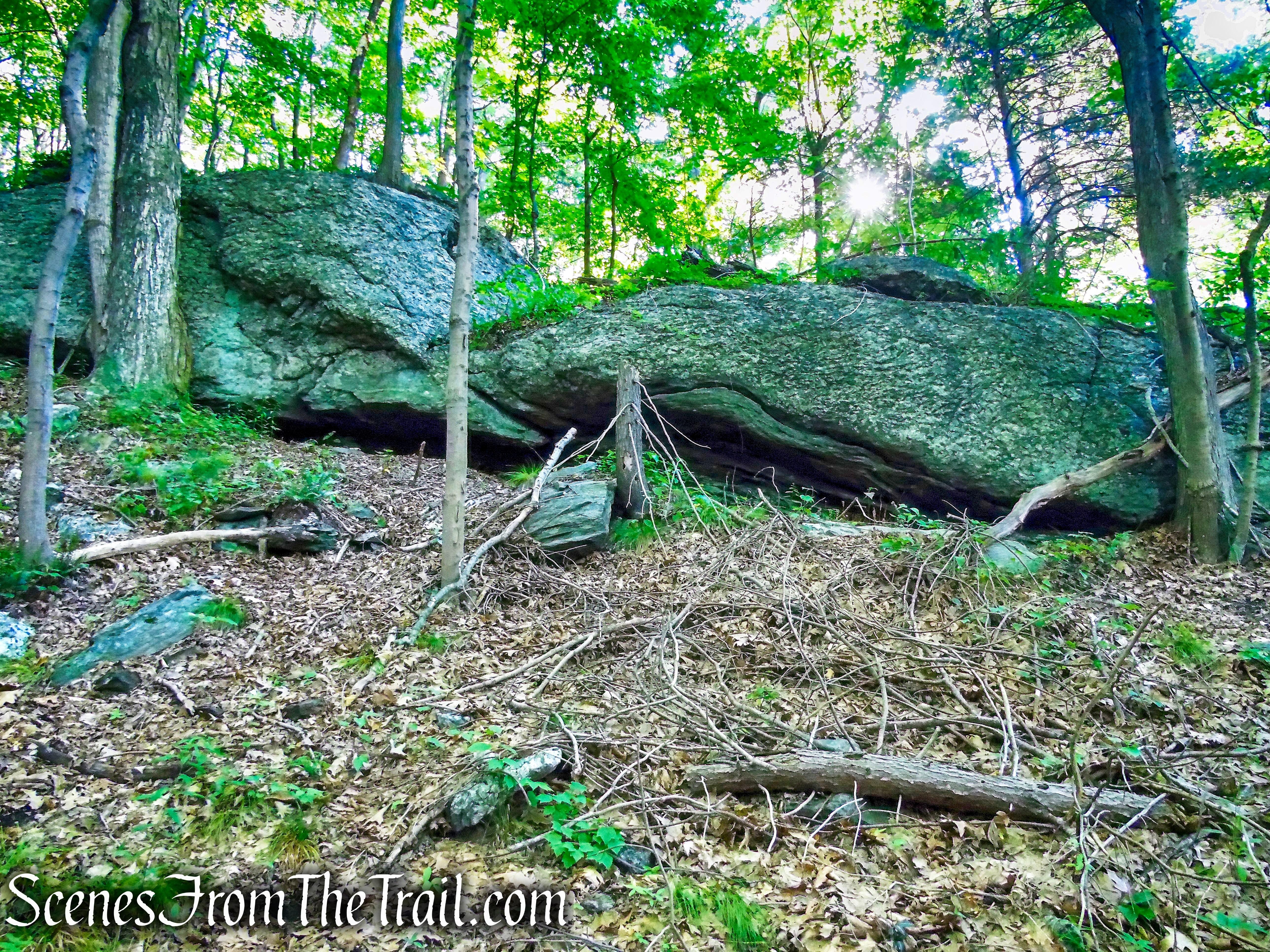 rock formation - Little-Laurel Lime Ridge Park