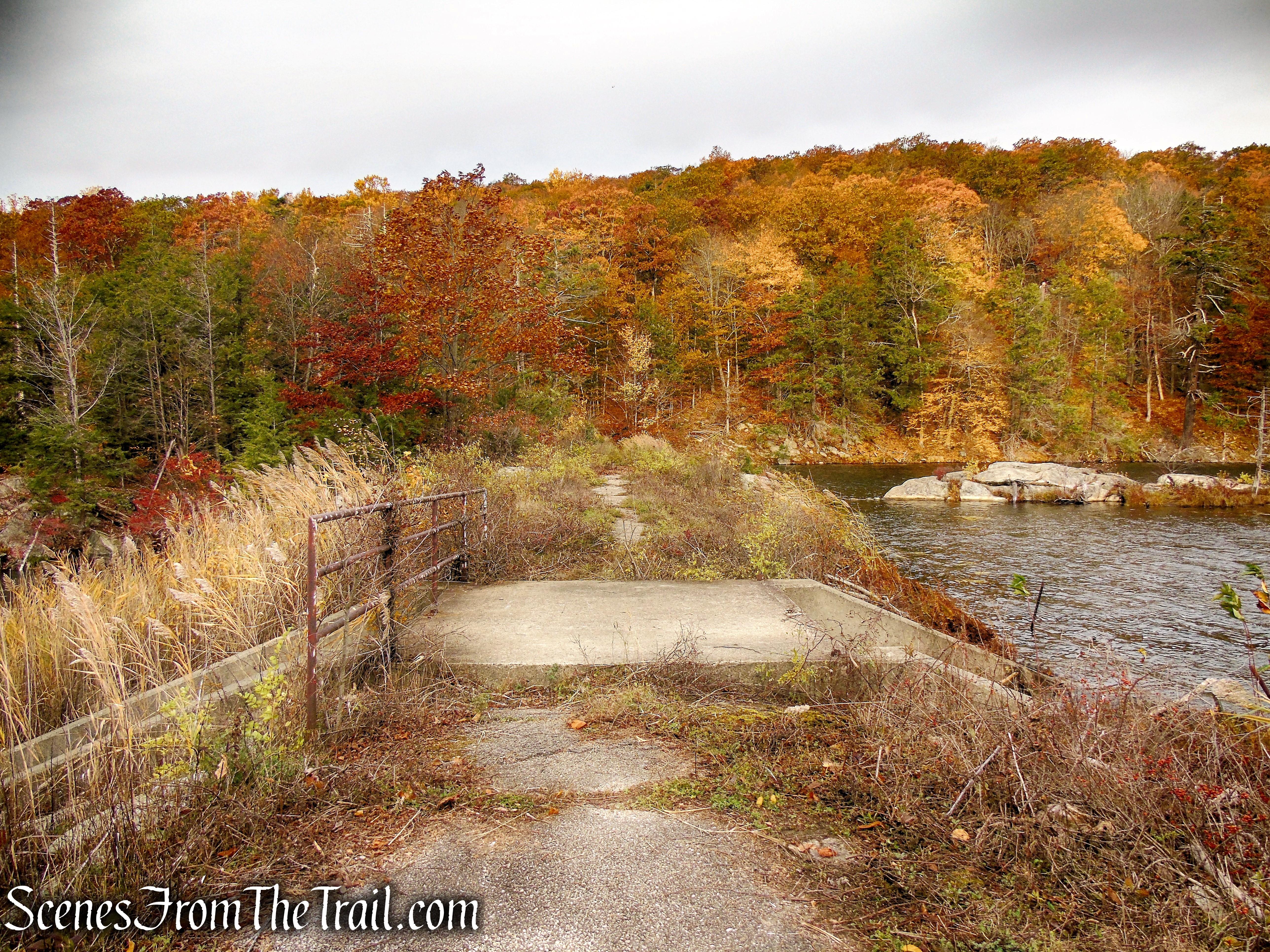 Canopus Lake Dam - Fahnestock State Park
