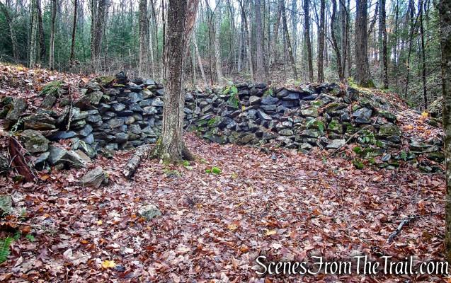 Van Sinderen Loop Trail - Hidden Valley Preserve