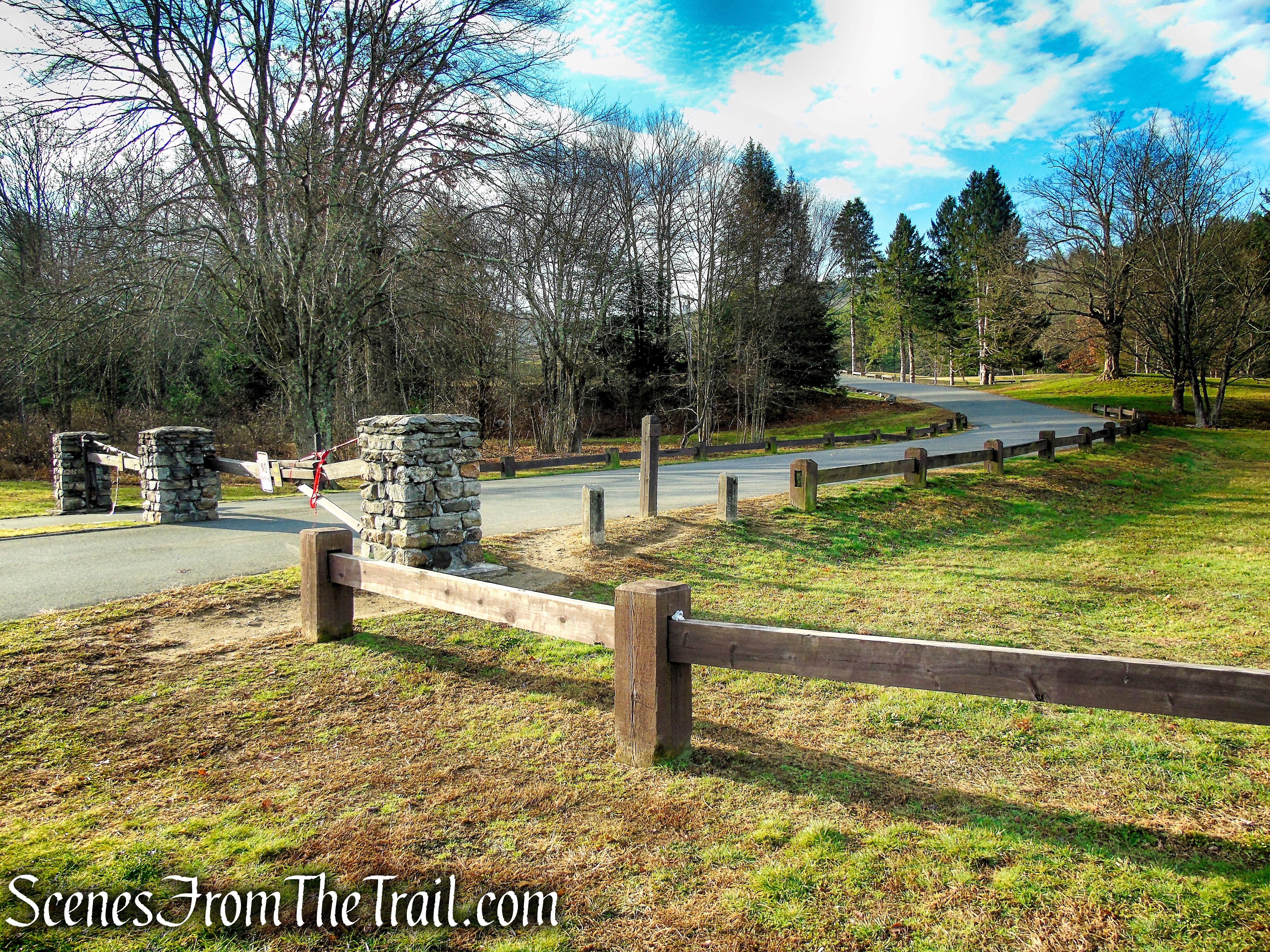 paved park road – Black Rock State Park