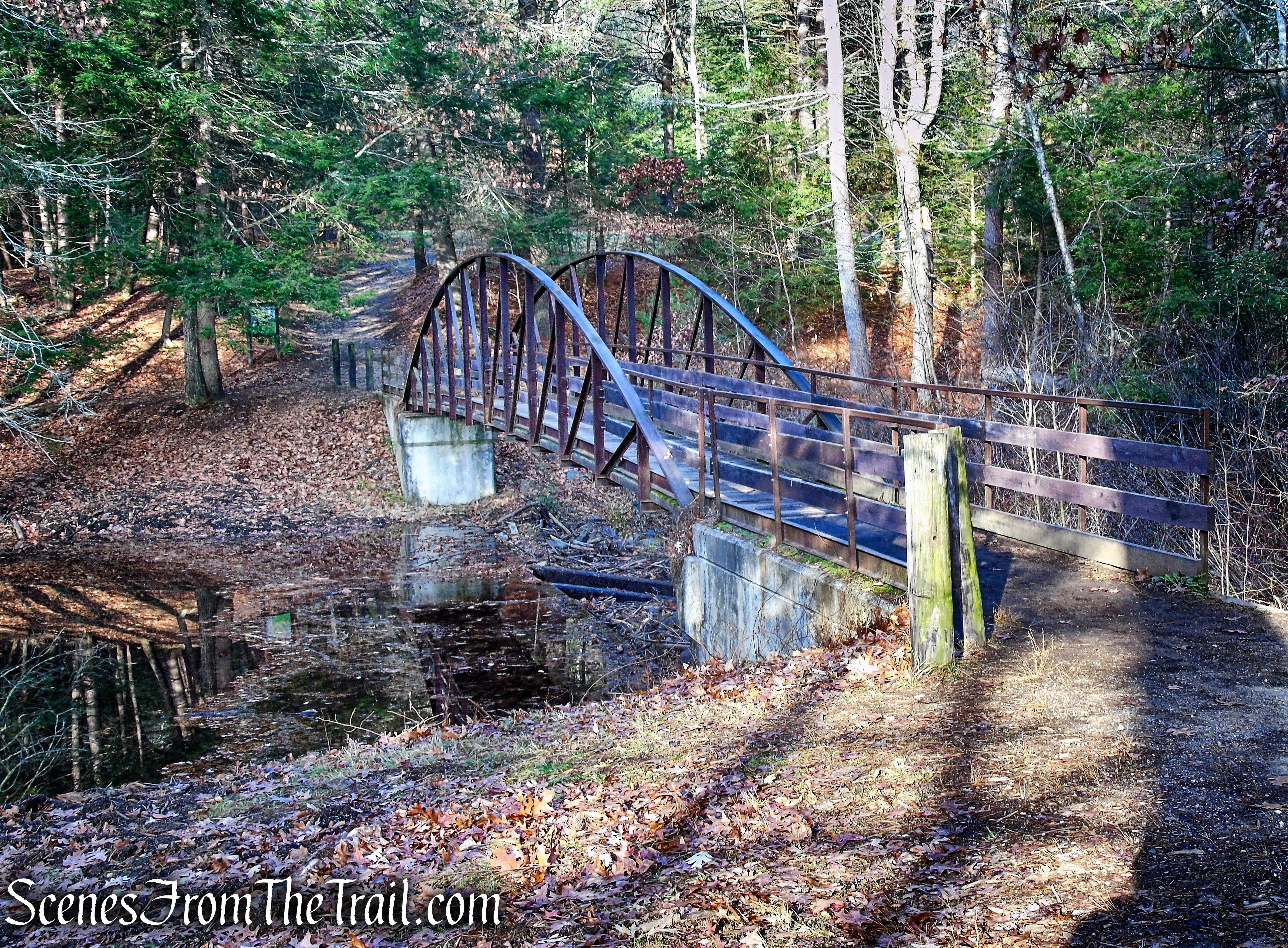 steel footbridge – Black Rock State Park