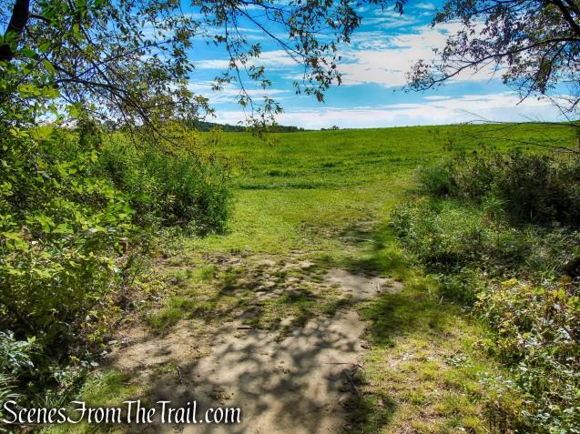 turn left on Hay Field Loop