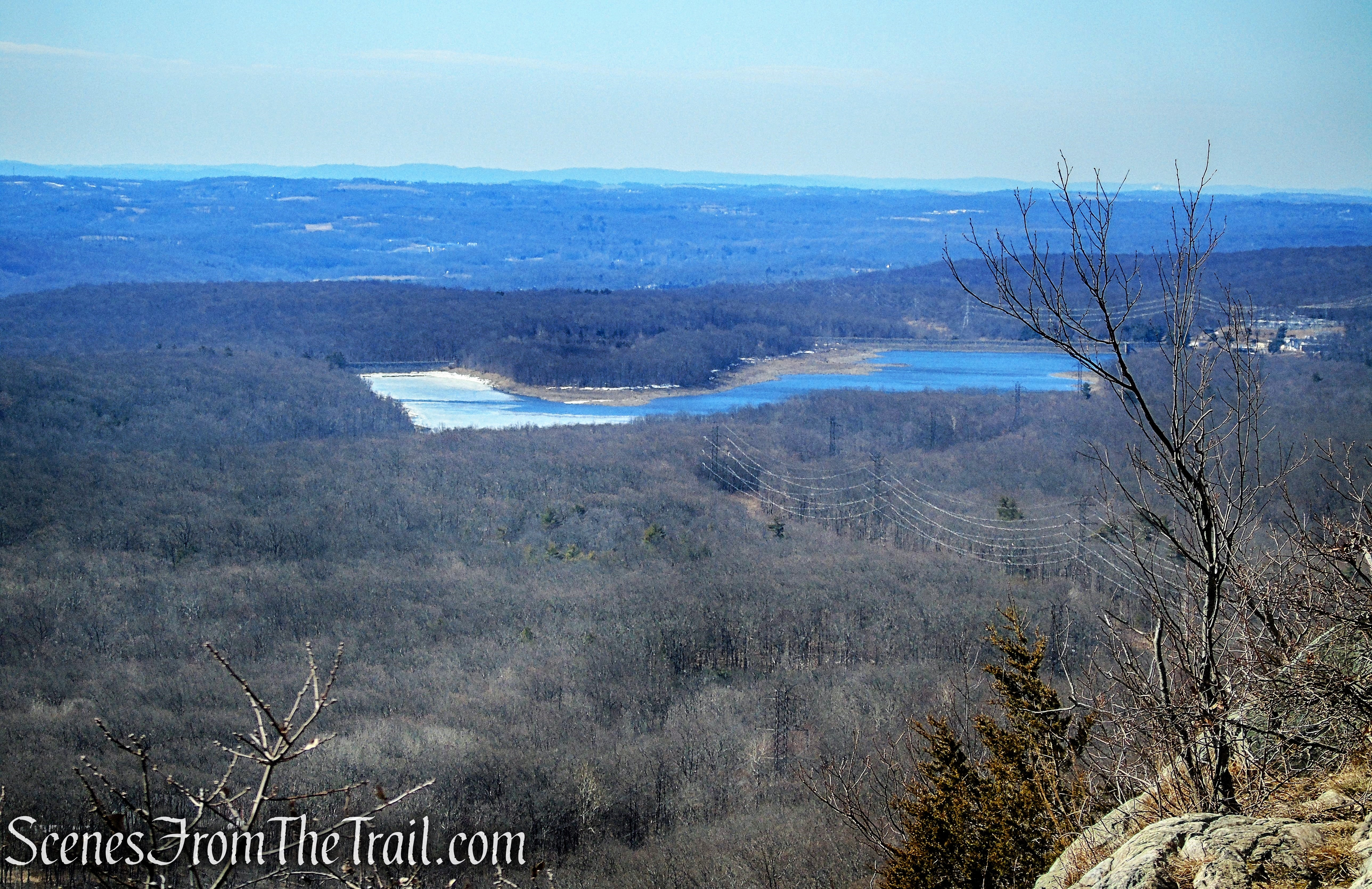 zoomed in view of Upper Yards Creek Reservoir from Appalachian Trail on the Kittatinny Ridge