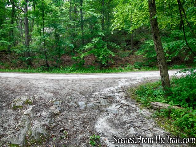 turn right on Sunken Mine Road